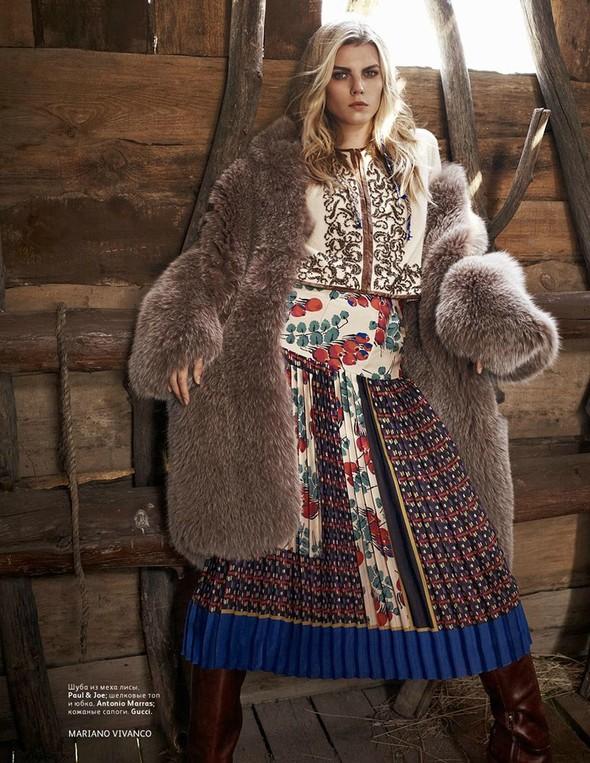Съёмка: Марина Линчук для российского Vogue. Изображение № 10.