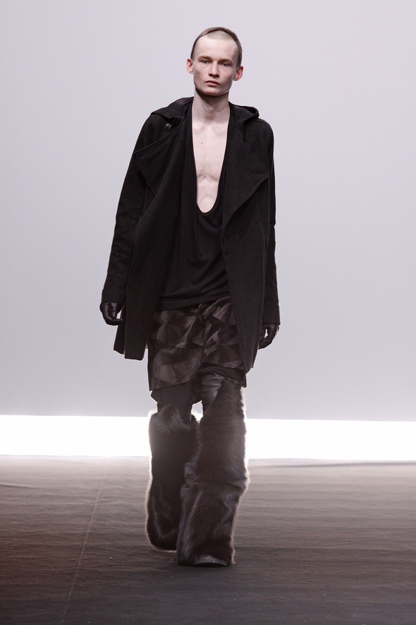 Rick Owens Fall Winter 2009 2010. Изображение № 18.