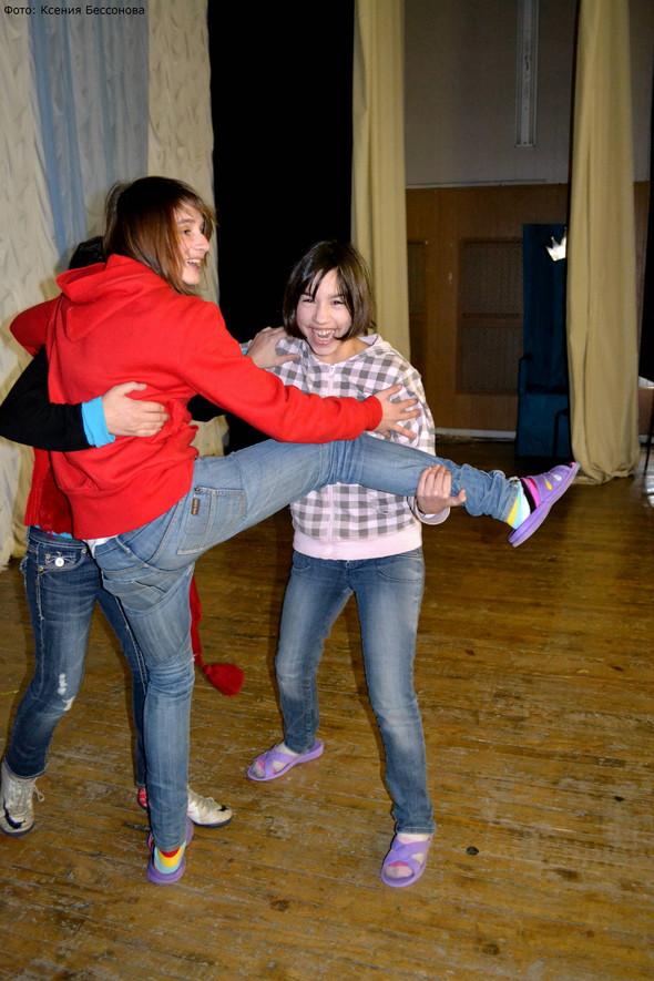 """Артисты театра """"Искушение"""" выступили для детишек из детского дома!. Изображение № 17."""