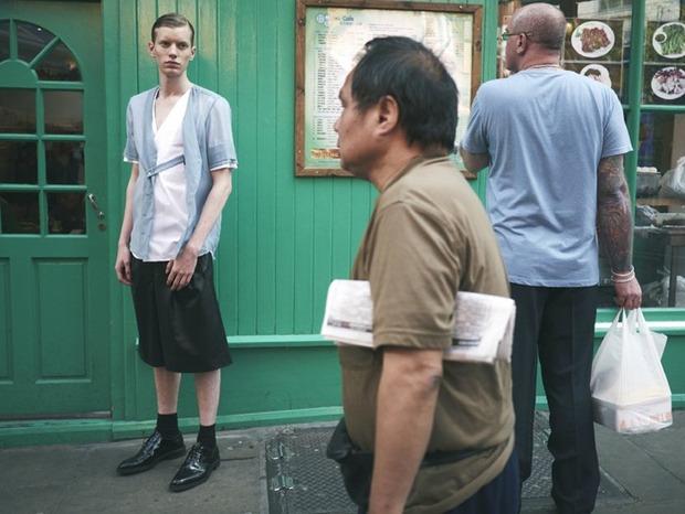 A.P.C., Chanel, MM6, Mother of Pearl, Paule Ka и Yang Li выпустили новые лукбуки. Изображение № 134.