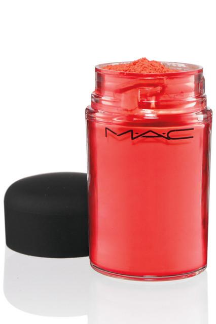 Лицом новой коллекции M.A.C стала фотограф Синди Шерман. Изображение № 31.
