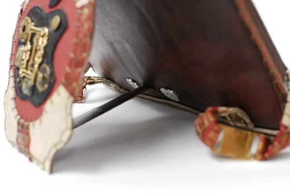 Кожанные чехлы для ipad ручной работы. Изображение № 12.