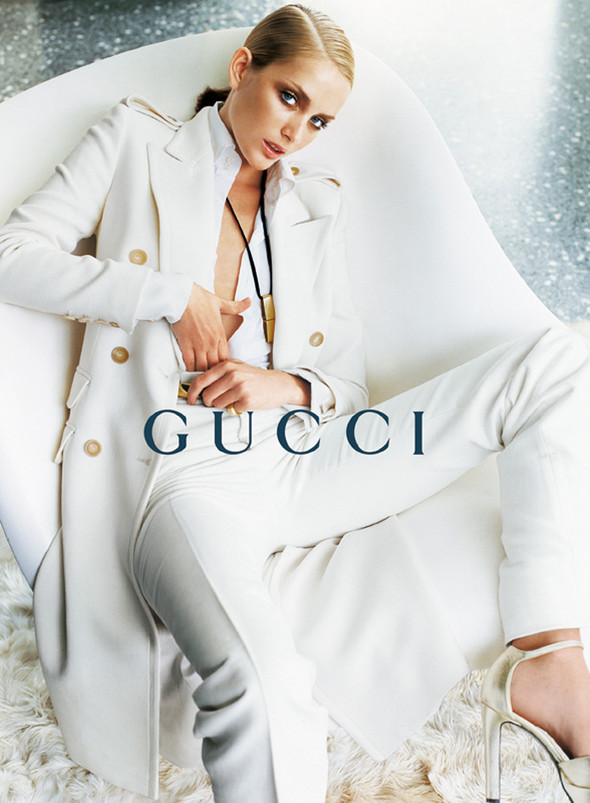 Архивная съёмка: Кампания Gucci FW 1996. Изображение № 10.