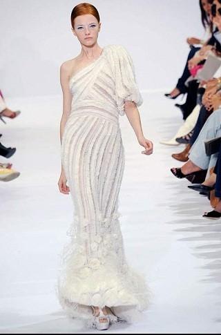 """""""Выбираем свадебное платье!"""" 93 идеи ведущих дизайнеров. Изображение № 47."""