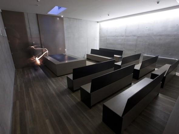 Аскетичный крематорий. Изображение № 2.