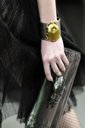 Сумки от Bottega Veneta (осень-зима 2010-2011). Изображение № 12.