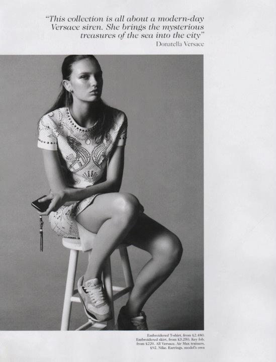 Съёмка: Дэниел Джексон для британского Vogue. Изображение № 2.