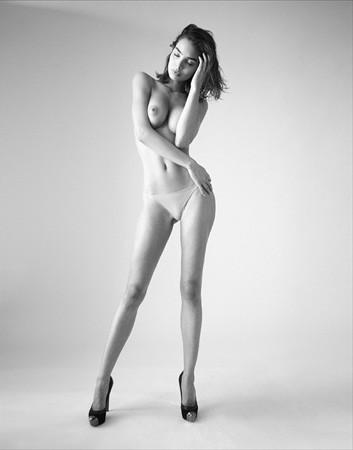 Ле форм: 10 моделей с большой грудью. Изображение № 51.