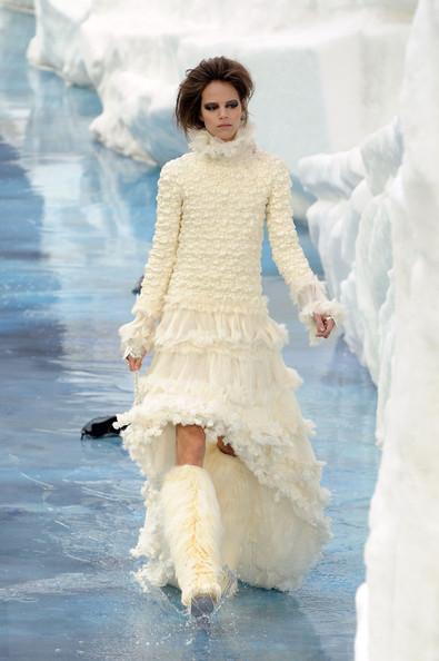 Ледяное шоу от Chanel. Изображение № 15.
