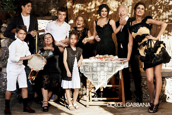 Кампания: Dolce & Gabbana SS 2012. Изображение № 6.