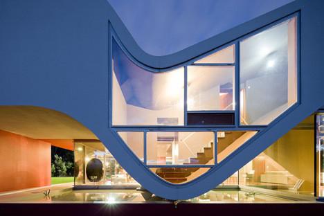 Изображение 3. Новый дом-птица архитектора Бернарду Родригеша.. Изображение № 3.
