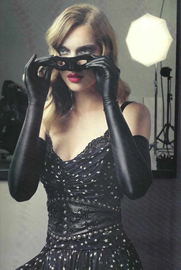 Съёмка: Ким Норда для Elle. Изображение № 12.
