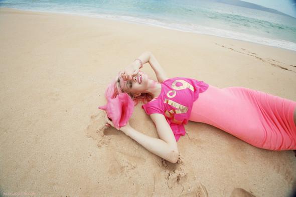 Лукбук: Шарлотта Фри для Wildfox SS 2012. Изображение № 20.
