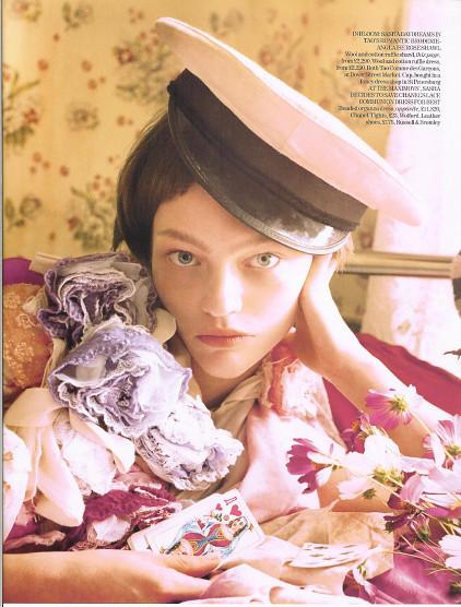 Magazine: Vogue UKJanuary 2007. Изображение № 10.