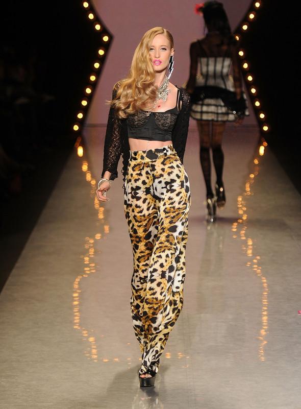 New York Fashion Week: Betsey Johnson Spring 2012. Изображение № 41.