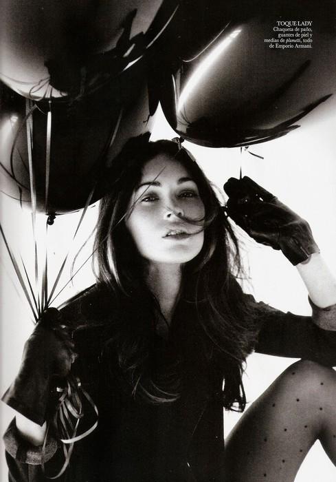 Съемка: Меган Фокс для испанского Vogue. Изображение № 1.
