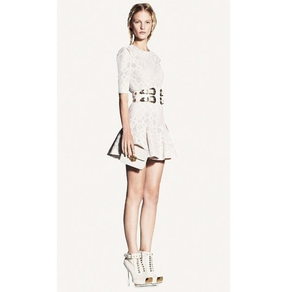 Лукбуки: Alexander McQueen, Barneys и Lauren Moffatt. Изображение № 20.