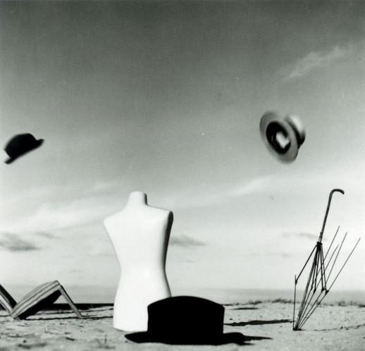 Еще восемь фотографов сюрреалистов. Изображение № 85.