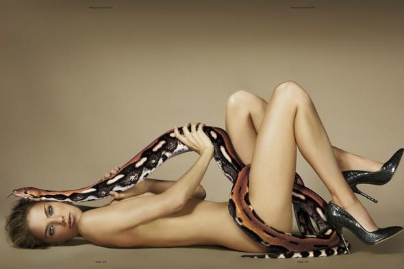 Съёмка: Эшли Смит в объективе Джампаоло Сгуры. Изображение № 3.