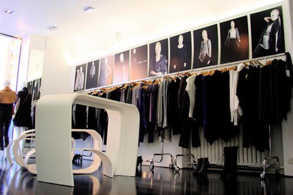 Магазин марки 2OR+BYYAT. Изображение № 115.