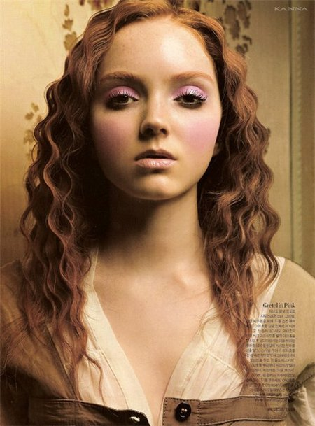 Lily Cole – top model doll. Изображение № 13.