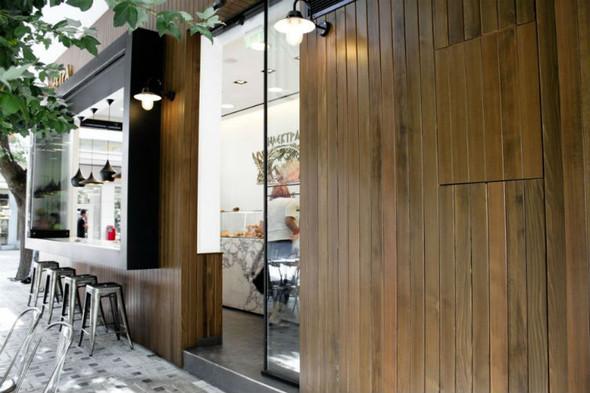 На скорую руку: Фаст-фуды и недорогие кафе 2011 года. Изображение № 38.