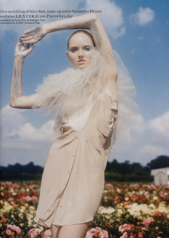 Pantomime by Tim Walker. Изображение № 4.