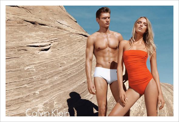 Превью кампаний: Calvin Klein и Oscar de la Renta. Изображение № 3.