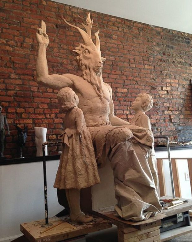 На Indiegogo собрали средства на сатанинскую скульптуру. Изображение № 1.