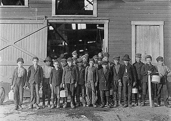 Эксплуатации детского труда в Америке (1910 год).И эмигранты США. Изображение № 27.