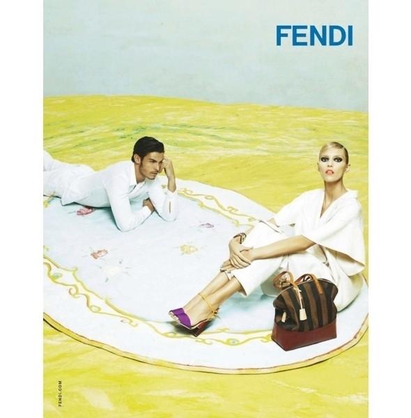 Изображение 7. Рекламные кампании: Fendi, Pepe Jeans и Trussardi 1911.. Изображение № 7.