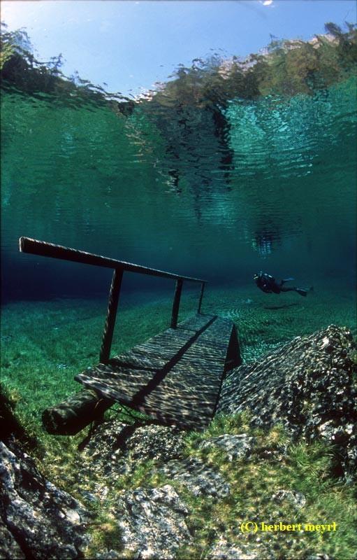 Фотограф Herbert Meyrl. Скамейки под водой. Изображение № 10.