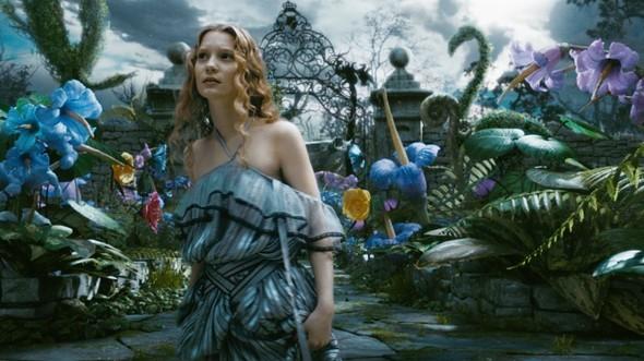 Сегодня выпущен саундтрек к фильму Alice In Wonderland. Изображение № 1.