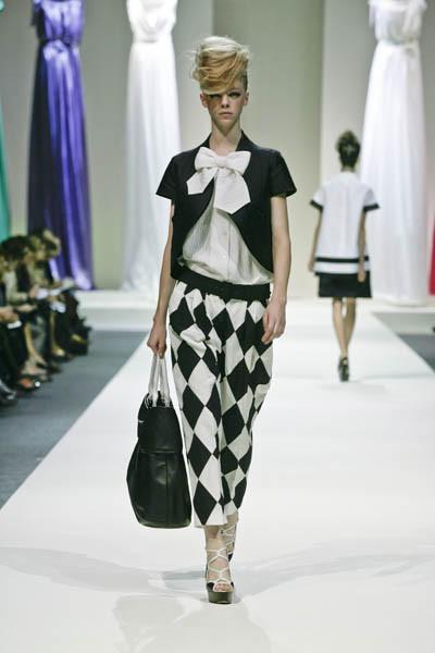 Moschino : шутник ихулиган итальянской моды. Изображение № 4.