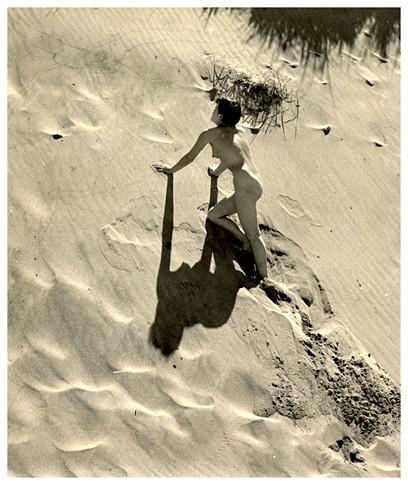 Части тела: Обнаженные женщины на фотографиях 50-60х годов. Изображение № 20.
