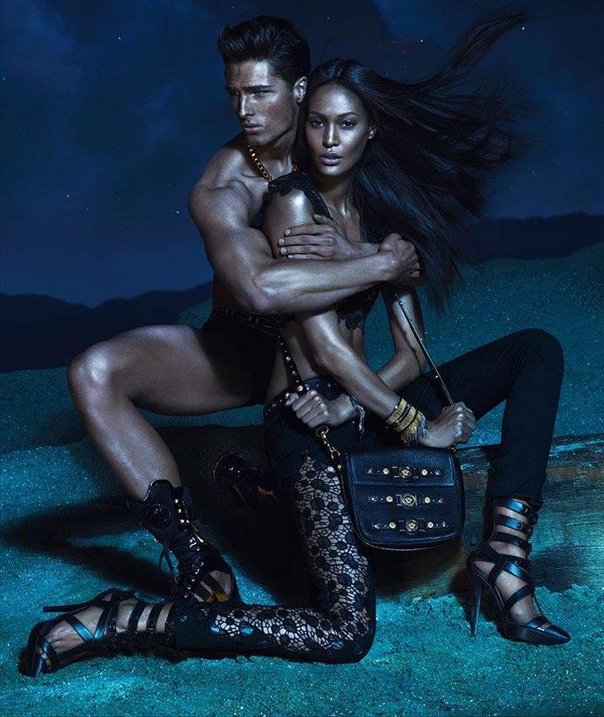 Вышли превью кампаний Versace, Dolce & Gabbana и других марок. Изображение № 11.