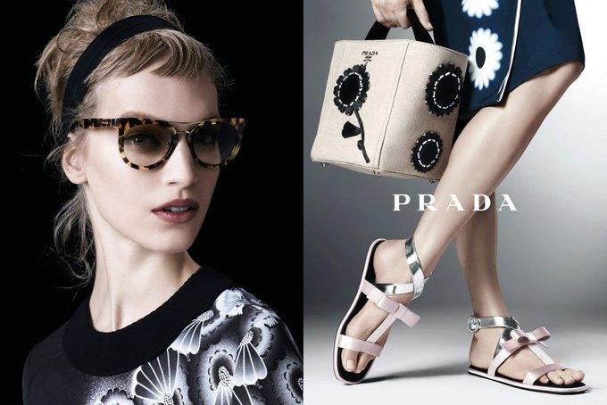 Max Mara, Prada и другие марки выпустили новые кампании. Изображение № 14.