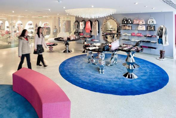 Огромный магазин Barbie вШанхае!. Изображение № 8.