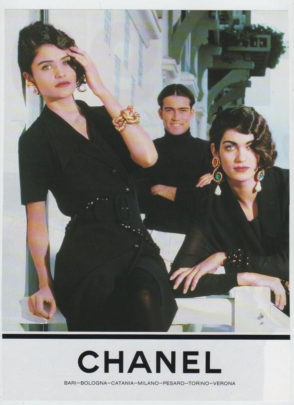 Архивная съёмка: Рекламная кампания Chanel SS 1990. Изображение № 4.