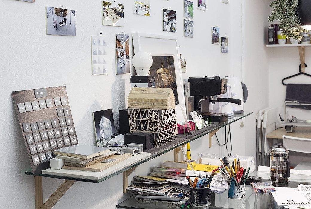 Экзотические птицы и старинные паркеты в архитектурном бюро «Практика». Изображение № 18.