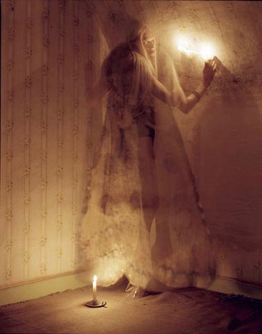 Съёмка: Кристен Макменами в объективе Тима Уокера. Изображение № 8.
