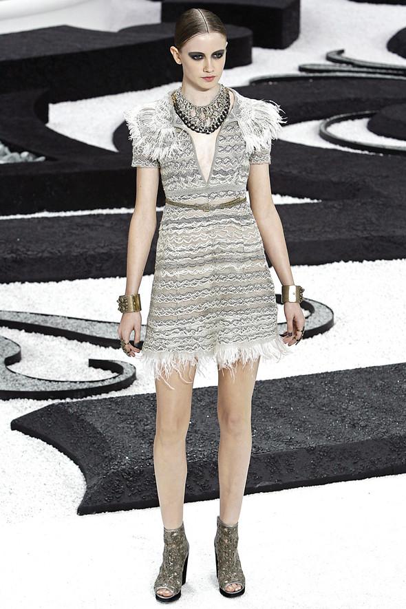 Карл Лагерфельд показал одну из самых красивых коллекций, когда-либо созданных для Chanel. Изображение № 20.