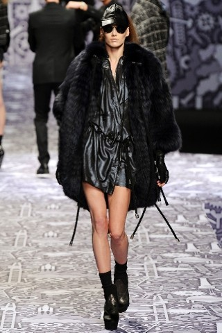 Back to black : Gareth Pugh и Victor&Rolf aw 2010-2011. Изображение № 49.