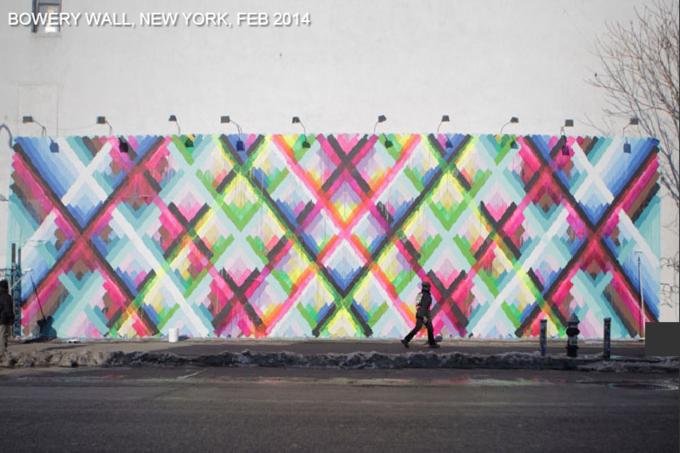 Историю граффити на одной стене восстановили с помощью Google Street View . Изображение № 1.