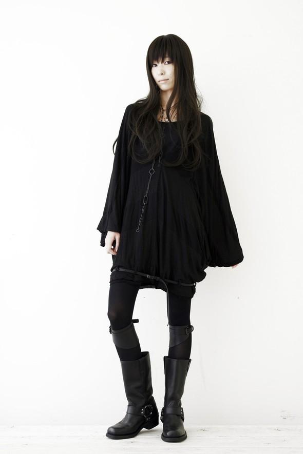 NUDE: MASAHIKO MARUYAMA SS2010. Изображение № 4.