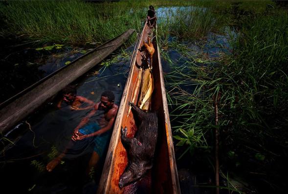 Папуа Новая Гвинея отБрента Стиртона. Изображение № 34.