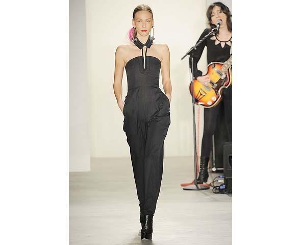 Неделя моды в Нью-Йорке: первые показы. Изображение № 80.