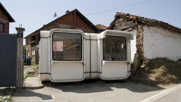 По городам Косова и других балканских стран.. Изображение № 19.