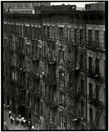 Bruce Davidson – красота гетто. Изображение № 45.