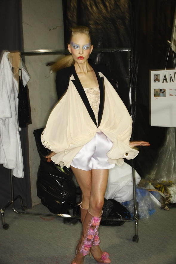 Viktor&Rolf ss2010! Brilliant backstage!. Изображение № 3.